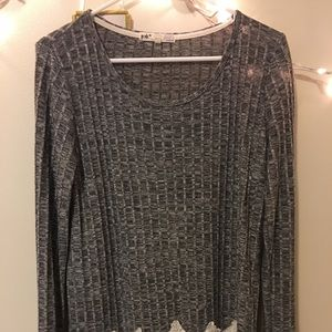 Lace trim long sleeved top